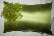 TC36-Toss Cushion, Lime Green w/flower