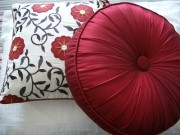 TC38-Duo Red/Cream Cushions