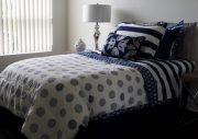 BT07-Twin Comforter Set, Navy & White