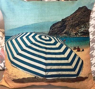 Tc85b Beach Umbrella Toss Cushion The Rental Dept